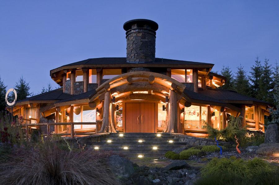 Case Di Montagna In Legno : Casa di legno di montagna u foto stock rcaucino